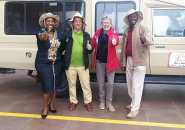 Sending-off-our-clients-for-a-10-day-safari.-1024x577